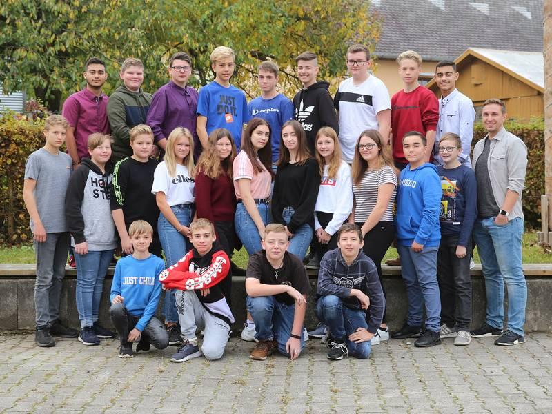 Klasse 8a - Herr Tobias Frauendorfer